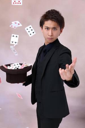 マジシャン派遣ランドから出張派遣できるマジシャン KENTO
