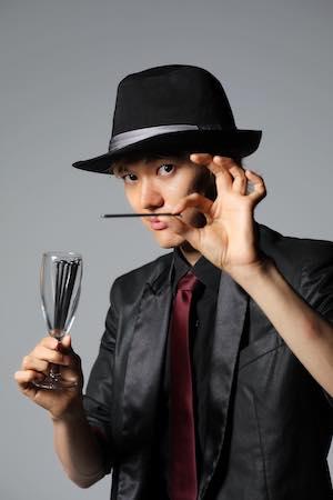 マジシャン派遣ランドから出張派遣できるマジシャン 中村龍平