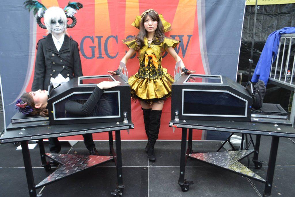 イリュージョンのマジックショーでマジシャン派遣